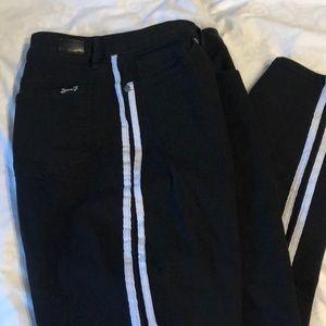Seven jeans black w/white stripes on sides sz 14